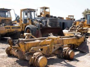 various-used-parts-for-earthmoving-equipment-1