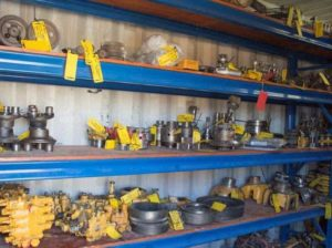 various-used-parts-for-earthmoving-equipment-7