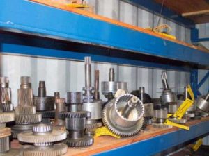 various-used-parts-for-earthmoving-equipment-8
