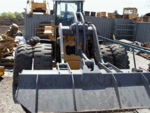 various-used-parts-for-earthmoving-equipment-9